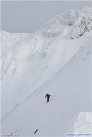 Ian M skiing in the Tokachi range, uploaded by Mike Pow