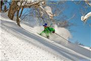 Ian M skiing 'Hangman' at Kiroro, uploaded by Mike Pow  [Kiroro, Akaigawa Village, Hokkaido]