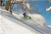Ian M skiing 'Hangman' at Kiroro, uploaded by MikePow  [Kiroro Snow World, Akaigawa Village, Hokkaido]