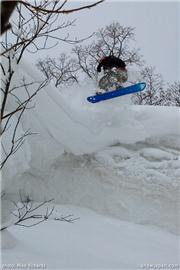 Glen Claydon. Mike Richards photo, uploaded by Mike Pow  [Niseko Moiwa Ski Resort, Niseko Town, Hokkaido]