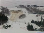 Snow slide at Naeba, 24th Feb.  Resort is open as normal today apart from that run of course!, uploaded by NaebaNow