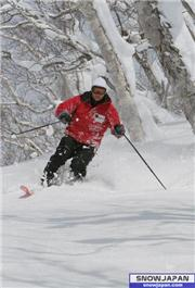 March 15th at Moiwa, uploaded by NisekoNow  [Niseko Moiwa Ski Resort, Niseko Town, Hokkaido]
