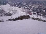 Hotel from above, uploaded by inakabumkin  [Hakuba Cortina, Otari Village, Nagano]
