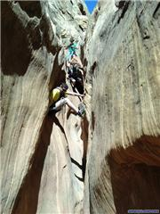 Canyoneering in the Desert, don't look down!, uploaded by mitchpee
